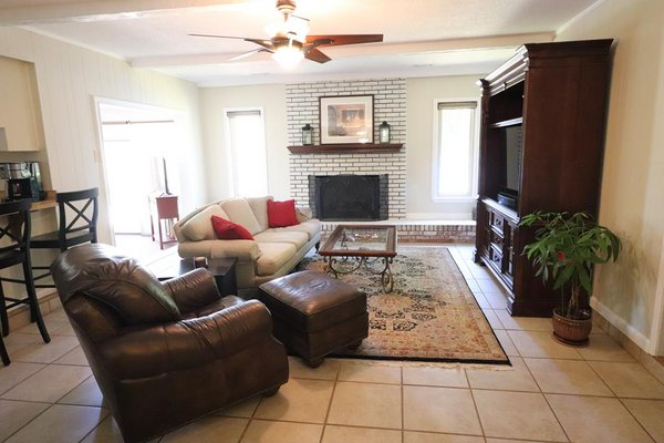 5428 Forest Drive in REmilitary