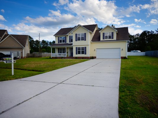 OMG This Home!!  204 Honey Ct.E. MCAS/CampLejeune in REmilitary