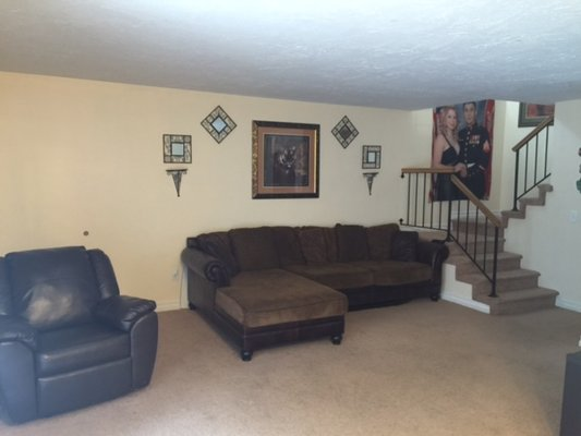 Town Home Close to Base, Community Pool in REmilitary