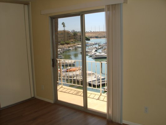 Beautiful Condo Overlooking Cove in REmilitary