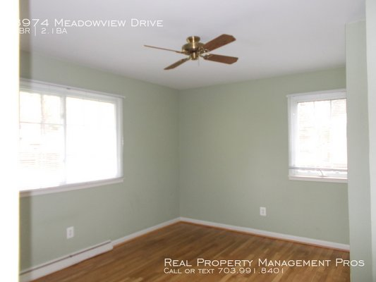 8974 Meadowview Drive Manassas, VA 20110 in REmilitary