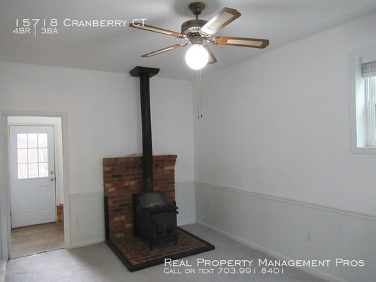 15718 Cranberry CT Dumfries, VA 22025 in REmilitary