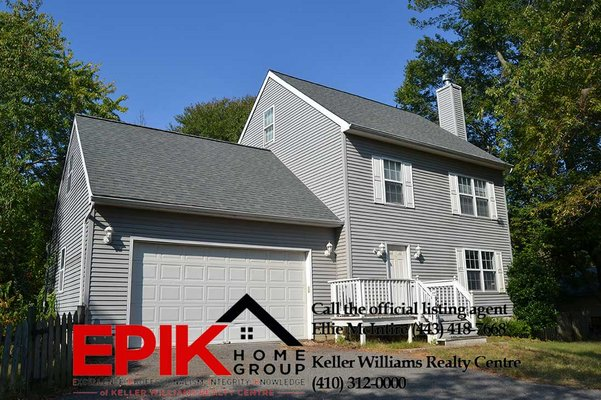 5 bedroom Colonial with Garage in REmilitary