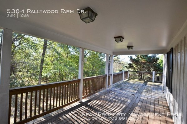 5384 Rallywood Farm Dr. The Plains, VA 20198 in REmilitary