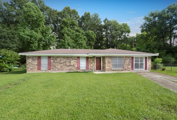 111 Sarver Dr. in REmilitary