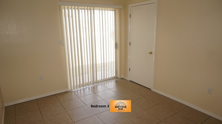 Cozy 3 Bedroom Home w/ Refrigerated A/C! in REmilitary