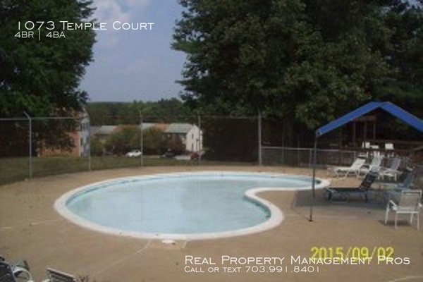 1073 Temple Court Sterling, VA 20164 in REmilitary
