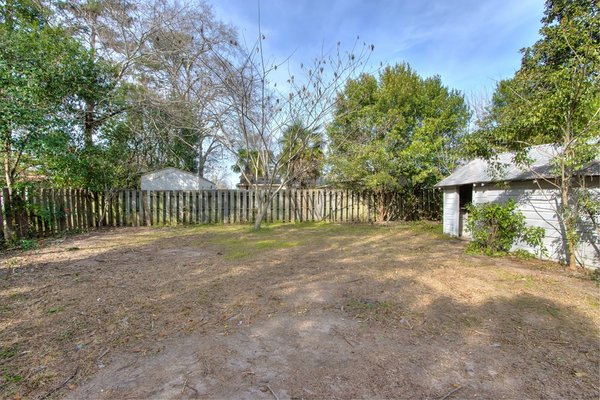 727 Baldwin Dr in REmilitary