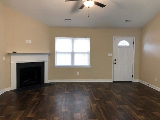 FOR RENT 210 Brice Ct in REmilitary