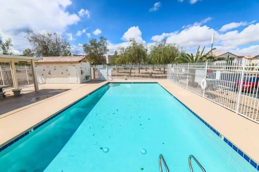 3 BEDROOM TOWNHOUSE IN HENDERSON! in REmilitary
