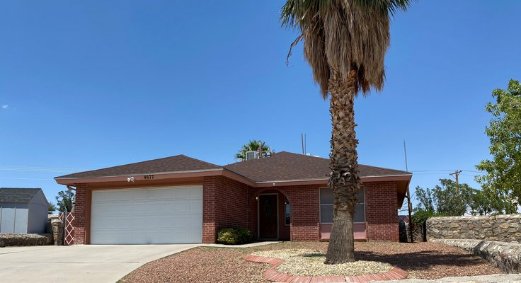 3 Bedroom Home with Bonus Room - Large Backyard! in REmilitary