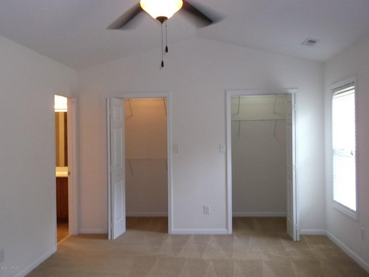 For Rent: 107 Mandy Ln in REmilitary