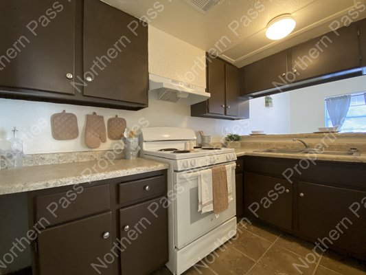 Free Rent! Nice 2 Bedroom Apt! in REmilitary