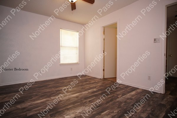 Nice 3 Bedroom Home with Refrigerated AC! in REmilitary