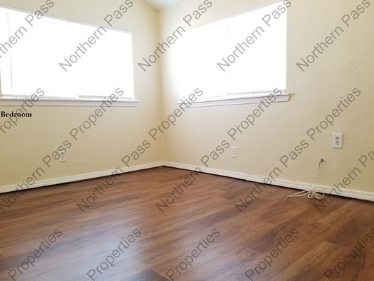 Great Location! Great 1 Bedroom Apt! in REmilitary