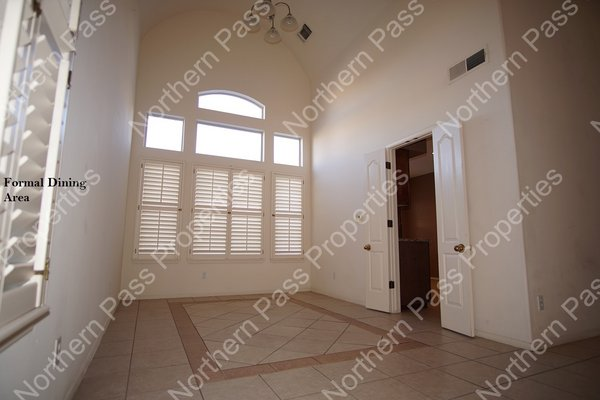 Modern 1 Bedroom Apartment, Refrigerated A/C! in REmilitary