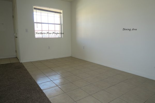 Spacious 2 Bedroom Apartment! in REmilitary