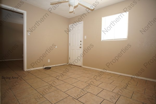 1 BDR Apt, Refrigerated AC! in REmilitary