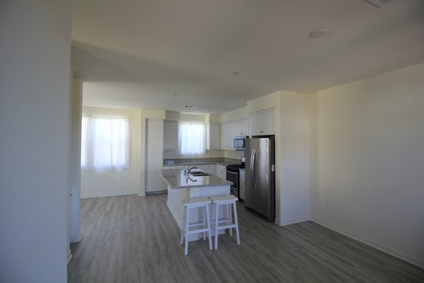 Amazing Natural Light 3 Story Condo in REmilitary