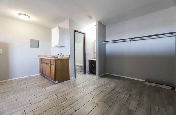 CUTE UPGRADED STUDIO UNIT IN HENDERSON! in REmilitary