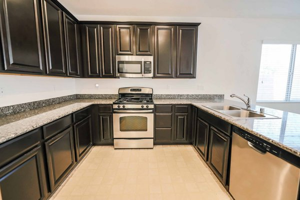 4 BEDROOM HOUSE IN HENDERSON!! in REmilitary