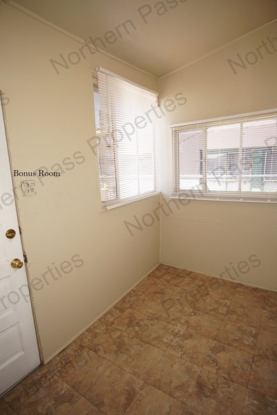 Cozy Duplex Available for Immediate Move In! in REmilitary