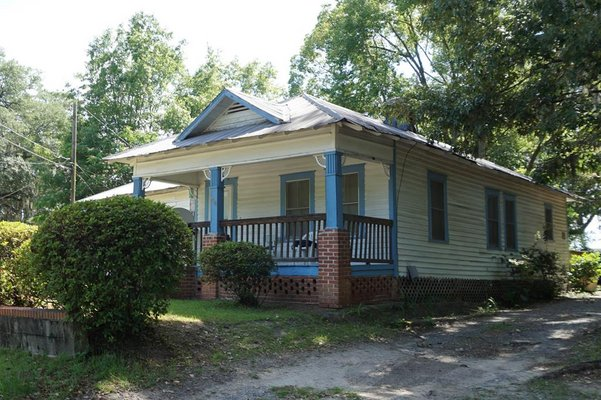 908 S Toombs Street in REmilitary