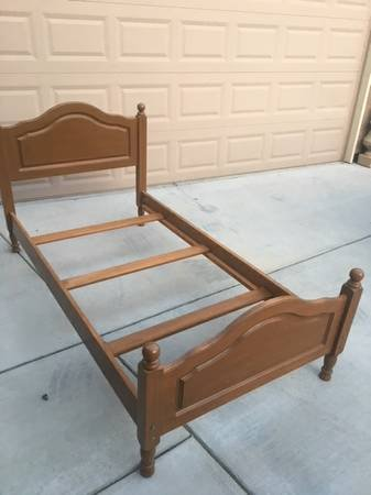 solid maple wood twin bed frame in travis afb - Wood Twin Bed Frame